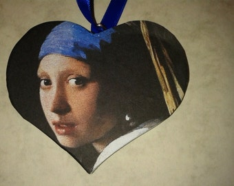 Art on a Heart.'The Girl With the Pearl Earring' by Vermeer