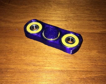 Hand Spinner - Complete, Yourh/Small Hand, Purple Tough Armor, Yellow Bearing Build