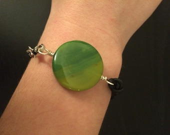 Green stone leather knotted bracelet
