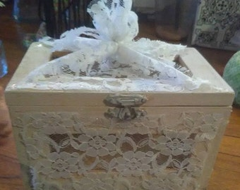Shabby Chic lace wooden box