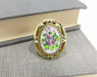 Vintage Whiting & Davis Milk Glass and Painted Rose Ring