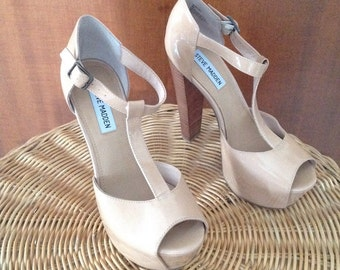 High-heeled sandals with plateau Steve Madden