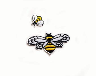 Duo of flying bees PATCHES Embroidery badge Iron On Embroidered Applique black yellow white insect cute