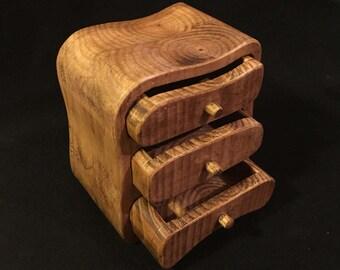 Handmade three drawer keepsake/jewellery wooden bandsaw box