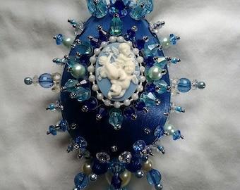 Heavenly cherubs beaded satin ornament