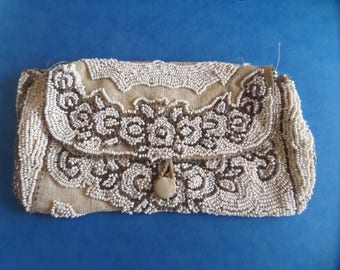 SALE - Beautiful Beaded Purse c1920 - Made in France
