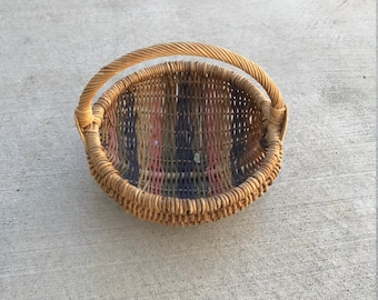 Small Vintage Woven Easter Basket
