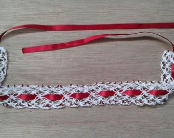 Crocheted choker