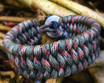 Custom made Survival Bracelet, Fire starter Trilobite Paracord bracelet