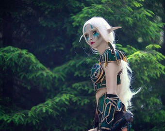 World of Warcraft elf cosplay