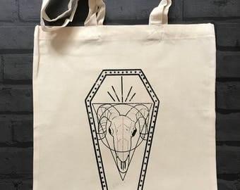 Ram skull coffin tote bag