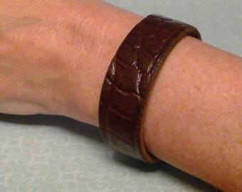 Brown Leather Bracelet for Women and Men