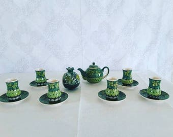 Set of Traditional Armudu Tea Glasses, Teapot and Sugar Holder
