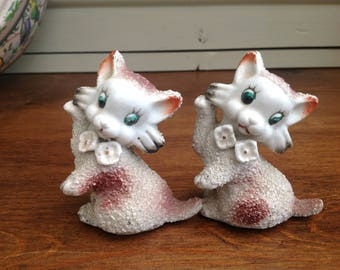 Vintage spaghetti sugar finished ceramic cats 1950s