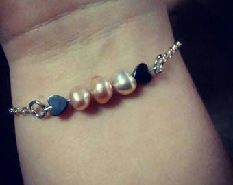 Fresh water pearl and hematite bracelet