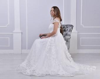 White 3D wedding dress, butterfly design, tulle skirt