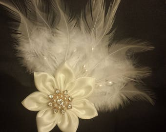 White satin flower & feathers hair clip