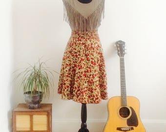 Pleated skirt poppies