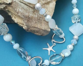 High quality white and silver necklace and bracelet set