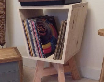 Record Player / Turntable stand