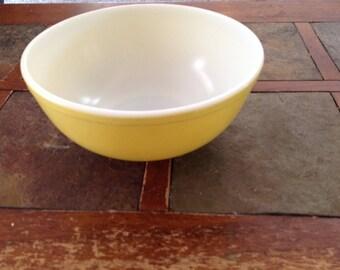 Yellow Pyrex 1940s bowl