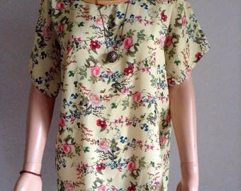 Tunic smooth pale yellow printed floral and foliage 38/40/42/44/46/48