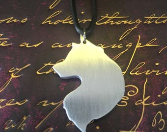 Handmade silver coloured wolf head pendant necklace