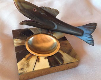 A very very kitsch vintage ashtray. He Buffalo Horn