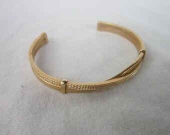 Vintage Avon Gold Tone Fancy Twist Cuff Bracelet