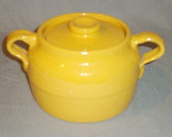Bauer Pottery Plain Ware Bean Pot