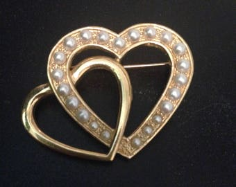 Signed Vintage Gold Tone Heart Brooch with Pearls
