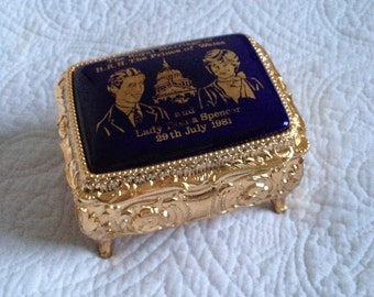 Vintage Royal Wedding Gold Jewellery Box Prince Charles and Lady Diana Commemorative Box 1981 from Hoolala Vintage
