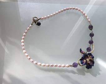 Pink Pearls and Flower Necklace