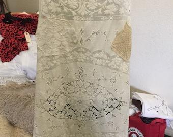 Full Wrap Apron Muslin Vintage Lace