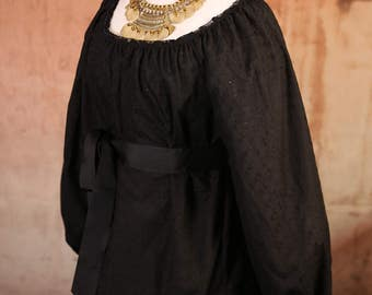 Size Medium Black Eyelet Cotton Long Sleeve Blouse