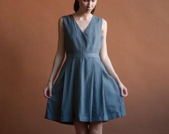 gray wool wrap dress / pleated mini wrap dress / s / 2138d / B3