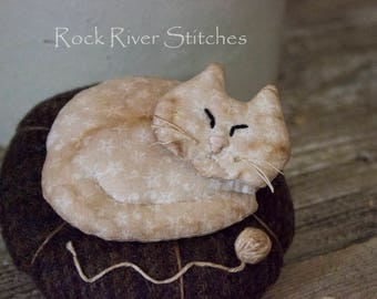 Primitive Napping Kitty Cat Pincushion Pinkeep, Home Decor