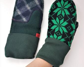Nordic print mittens, warm, handmade