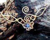 ON SALE Ivy Leaf Elven Necklace Eowyn - Custom Colors