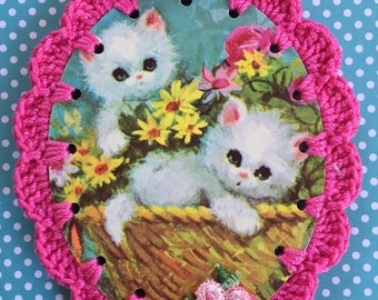 A Basket of Kittens / Vintage Greeting Card Crochet Ornament