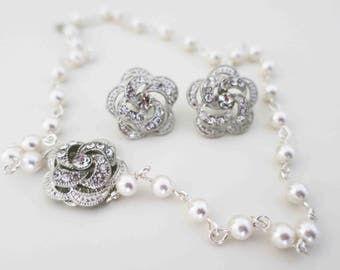 Bridal Necklace and Earrings Set Bridal Jewelry Set Bridesmaid Jewelry Set Pearl Necklace Wedding Necklace Set Pearl Rhinestone Rose Flower