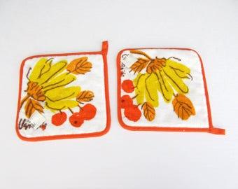 Vintage Vera Neumann hot pads, pot holders, pair of pot holders, Vera ladybug, fruit design, bananas, cherries, terry cloth, kitchen decor