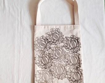 linoprint, handprinted, totebag, market tote, bag, tote, knitting, crochet, project bag, sewing bag, art bag, book bag, blockprint,