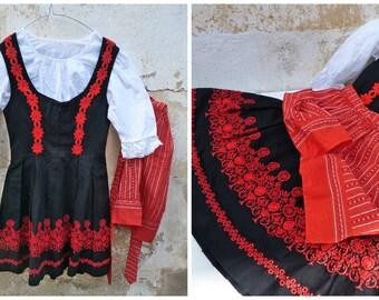 Vintage 1970/70s Tyrol Austria October fest dirndl dress embroidered + white cotton mini blouse & apron  /size XXS/14 years