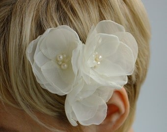 Wedding time--3 ivory flowers --for Bride, bridesmaid and flower girl---head piece, hair  pins