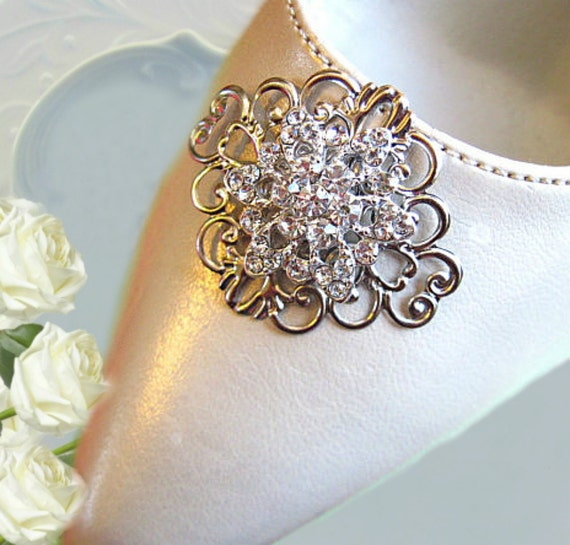 Bridal  Accessories- Shoe Clips- Vintage Style-Crystal Flowers- Rhinestone Shoe Clips