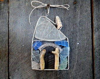 Adorable Seaglass and Driftwood Beach Cottage Suncatcher Ornament