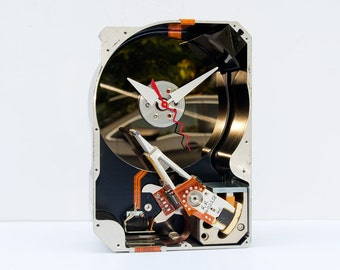 Hard drive clock, recycled geek gift, nerd antique gift, computer parts gift, recycled computer gift, Upcycled Computer Hard Drive Clock,