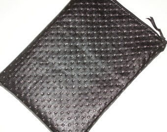"Kindle Fire 7"" HD or HDX Tablet Case Cover Pouch Sleeve Silver Sparkle and Black Faux Leather Look PVC"