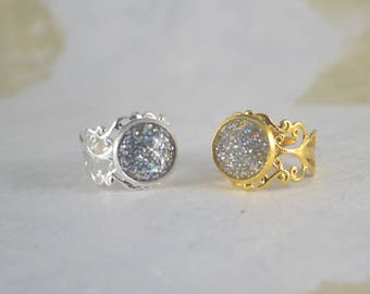 Gold Plate Or Silver Plate Filigree Ring - Glitter Resin _ Size 6 Adjustable To Larger